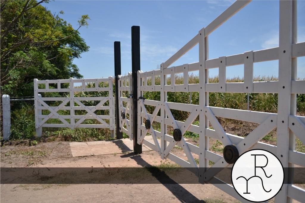 imagen puertas portones tranqueras y entradas para campos diseños propios a medida